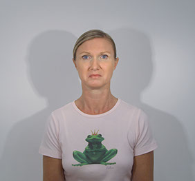 The Frog Queen by Birthe Blauth is a video on the expression of emotions.